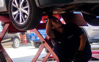 ¿Cuánto tiempo está implicado en la reparación de vehículos industriales?